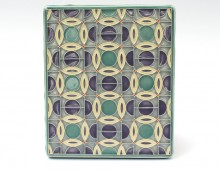 Split circles tile